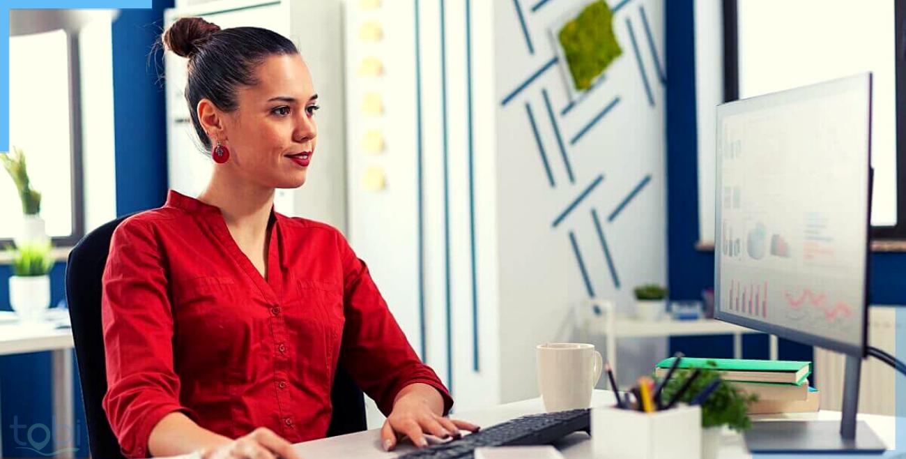 woman entrepreneur operating tobi cloud software